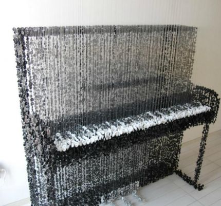 Piano second view